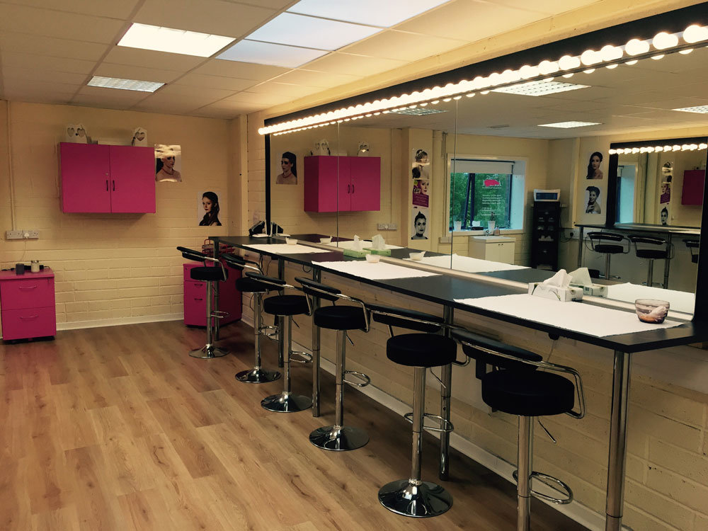 Fx makeup academy dublin makeup courses and services for Interior design institute